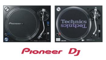 Pioneer_PLX-1000_vs._Technics_SL1210