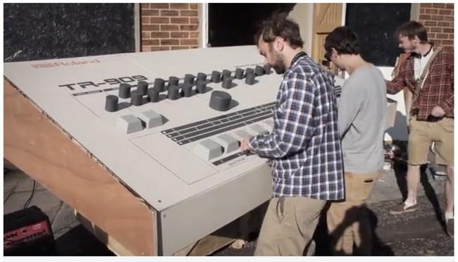 The biggest Roland TR-909
