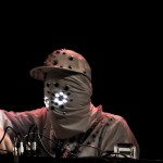 5 Minutes with Sibot – Master glitch hop finger banger