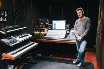 SOUND ENGINERING 2015 - KEITH FARQUHARSON IN STUDIO HI RRES