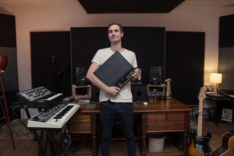 Peach van Pletzen of Bittereinder in studio
