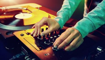 Red Revenge DJ Course – Special Hourly rate per session