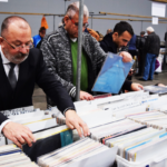Vinyl buyers are middle-aged, lonely, introverts, says new study