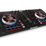 Mixtrack Platinum, new from Numark with LCD Display