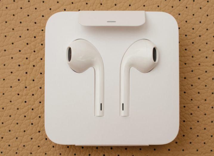 AirPod earphones