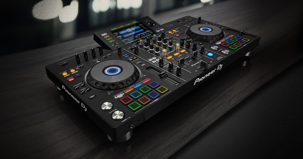 pioneer dj xdj rx2 all in one controller new model. Black Bedroom Furniture Sets. Home Design Ideas