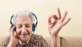 Dementia Study says music therapy works