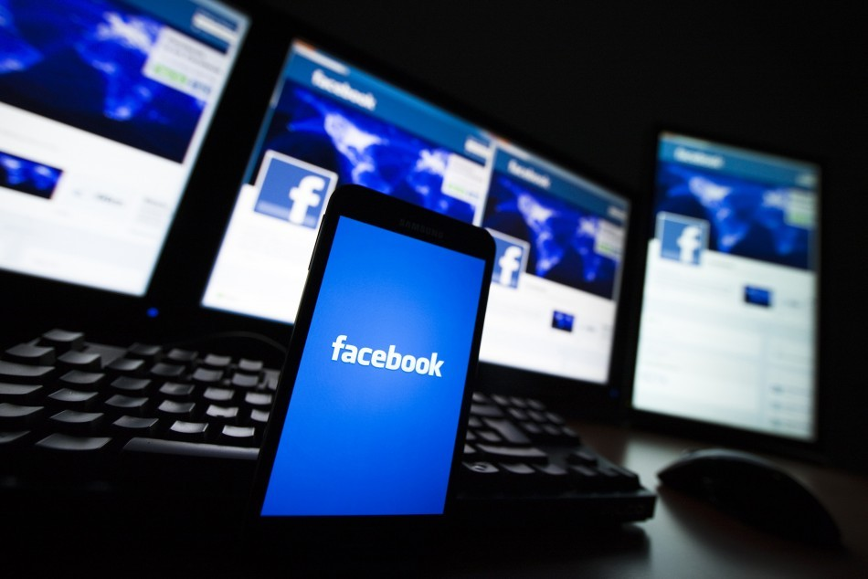 Facebook scores music licensing deal