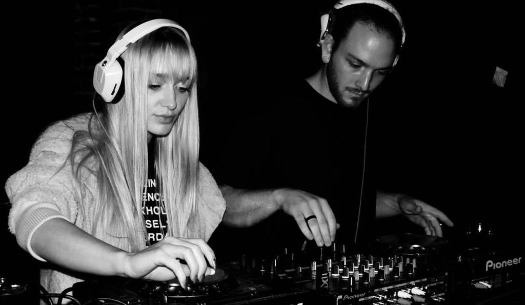 Amateur DJ couple LYTT