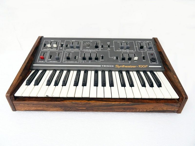 Monophonic synth
