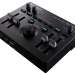 Roland VT-4 – the updated vocal transformer effect with harmonies
