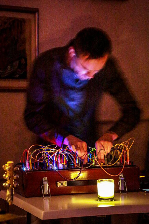 Aragorn23 chats about his upcoming psychedelic modular synth