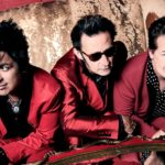 Green Day promotes new album with racy billboard